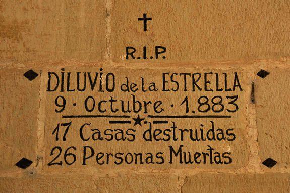 The memorial plaque for the dead of  La Estrella in 1883