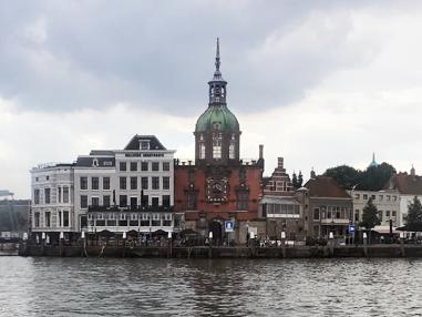 Dordrecht Groothoofdspoort and old town